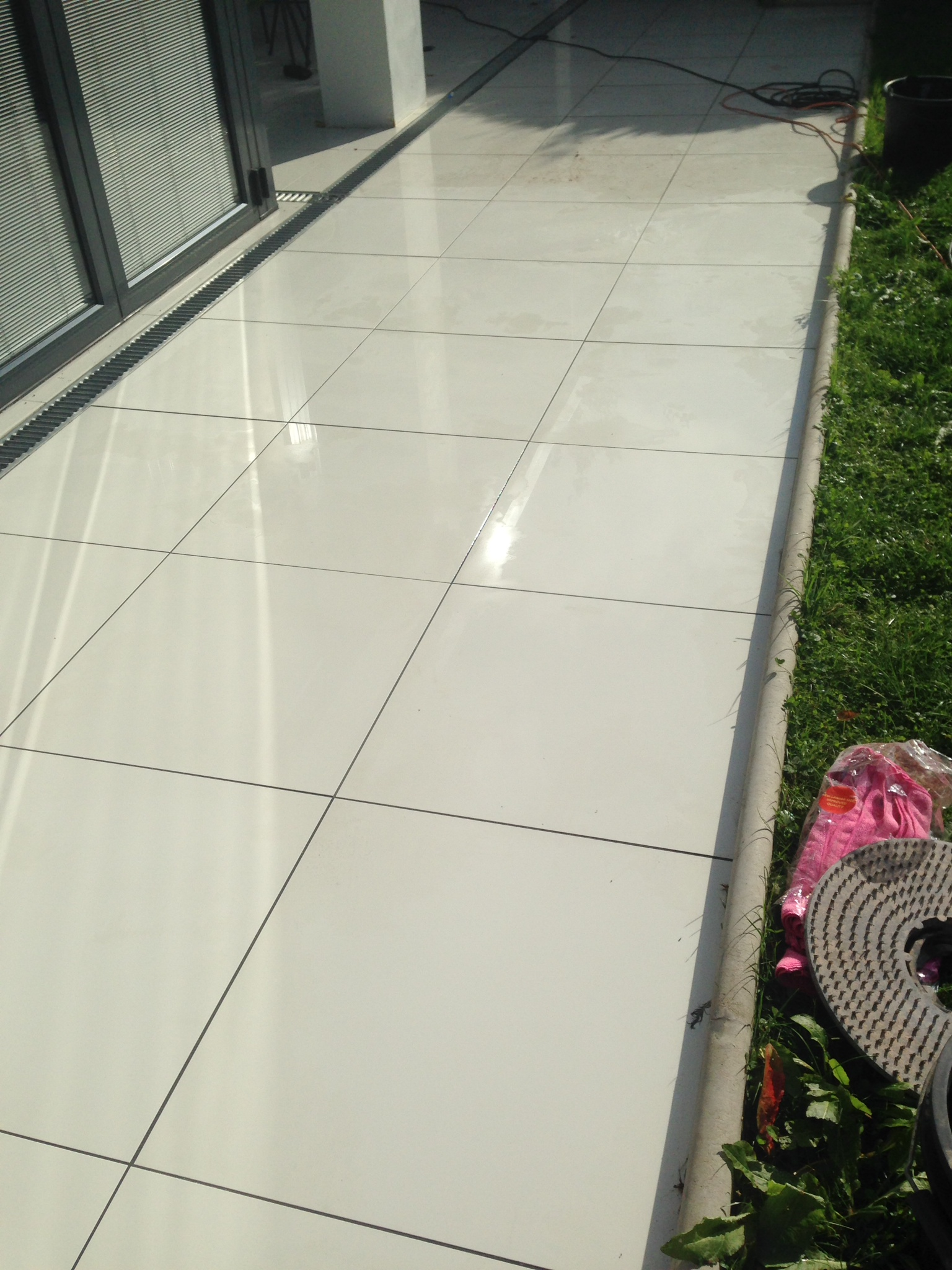 Shiny Slippery Porcelain Tiles in Ashtead41
