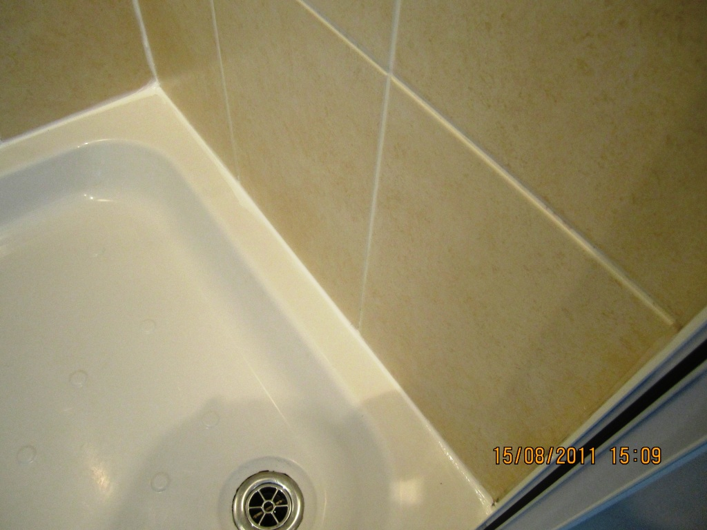 Bathroom Tile Sealant 28 Images How To Remove Mold In